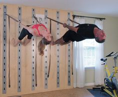 There is no rule that the home gym room is only for athletes. In fact, this gym room at your home can be the sign that you really have a big concern about your health. Diy Home Gym, Gym Room At Home, Wall Workout, Workout Rooms, Basement Gym, Garage Gym, Home Gym Exercises, At Home Workouts, Hata Yoga