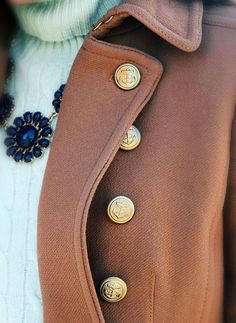 Love the details on this coat!