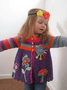 Gehäkelte Babyweste (Easy Baby Vest) – Tip For Life – Willkommen bei Pin World Crochet Toddler, Crochet Girls, Crochet Baby Clothes, Crochet For Kids, Cardigan Au Crochet, Crochet Coat, Crochet Jacket, Knitting For Kids, Baby Knitting Patterns