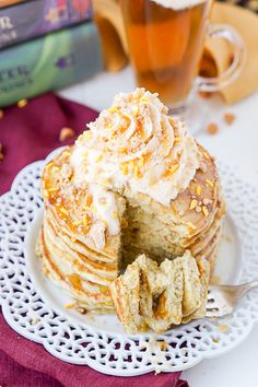 These Harry Potter Butterbeer Pancakes are the perfect nerdy start to your day or a great way to kick off The Chosen One's birthday!
