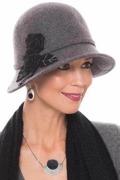 445a94cd30b5d Top Best Creative Winter Hats for Women in 2018