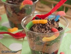 Celebrate Earth Day with this kid-friendly snack recipe we like to call Dirt Cups. Using chocolate pudding, Oreos, and gummy worms, you can make yourself a tasty, kid-friendly dessert in no time at all!