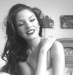 Marilyn Monroe Makeup. Brunettes can do it too mmmmmmkayyyy.