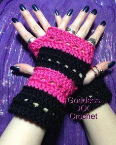 "Free Crochet Pattern – ""The Nikki Wristers"" Fingerless Gloves – Goddess Crochet Crochet Circle Pattern, Crochet Baby Dress Pattern, Crochet Circles, Crochet Patterns, Knitting Patterns, Crochet Fingerless Gloves Free Pattern, Fingerless Gloves Knitted, Mittens Pattern, Free Crochet"