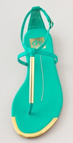 Love the color combo on these sandals!