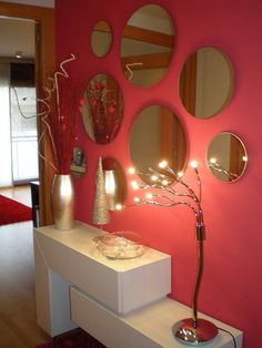 Deco in red! Decor, House Design, Interior Decorating, Home N Decor, Living Room Decor, Entryway Decor, Mirror Designs, Living Room Mirrors, Home Deco