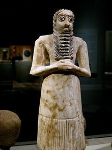 Sumerian male worshiper, Alabaster with shell eyes. One of the twelve statues in the Tell Asmar Hoard.