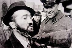 Olhares.com Fotografia | �albuquerque carlos | MUSEU DA FOTOGRAFIA 2-BERLIN 1942