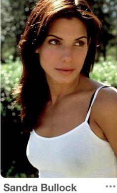Sandra Bullock Sandro, Sandra Bullock Hot, Female Movie Stars, Bionic Woman, Actrices Hollywood, Famous Women, Celebrity Hairstyles, Girl Crushes, Beautiful Actresses