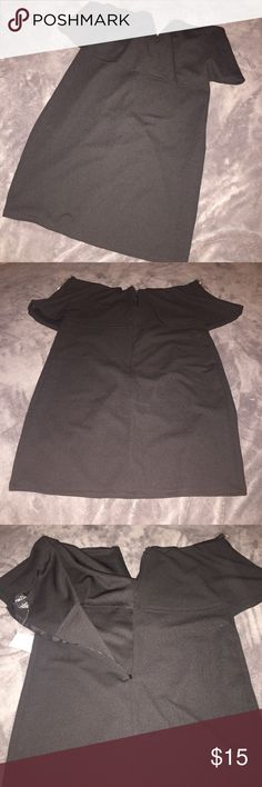NWT Rue 21 Black Strapless Dress NWT. Strapless Dress has a V cut center detail.  Zipper back. Measures about 28 1/2 inches length. Armpit to armpit across measures from 17 to about 20 inches since there is elastic and the material is quite stretchy.  My sister gave this to me but its just a little too loose. Please comment with any questions. I'll be happy to answer.  Make me an offer! Rue 21 Dresses Strapless