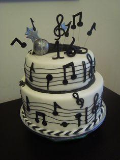 Torta musicale per una cantante!