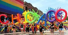 Find the best outdoor activities in Chicago during summer on domino. Domino shares fun outdoor activities in Chicago including street fairs, baseball games, and parks. Gay Pride, Chicago Pride Parade, Bars Near Me, Things To Do Nearby, Astro Turf, Fall Drinks, Guinness World, San Fransisco, Cool Bars