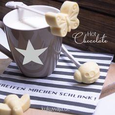 Hot Chocolate in Silikonformen - Artikel über www.kukuwaja.de / Rezept kukuwaja Blog