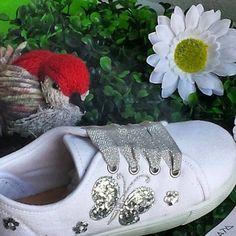 d86acdc2cb #lonas #zapatillas #sapatilhas #niñas #shopping #hechoenespaña #madeinspain  #zapatos. Calzado infantil Shoesland