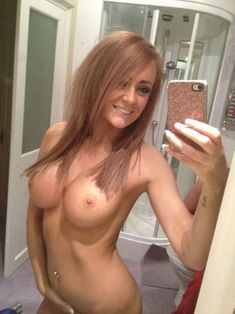 You Nude girl selfie hot concurrence