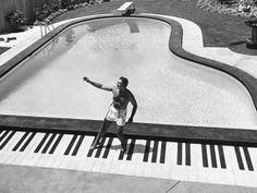 #Klavier #Schwimmbad www.bsw-web.de