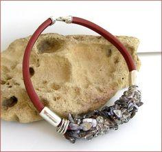 Collier - Cuir épais Marron/Cognac - Nacre grise , cristal et métal - Tour de cou femme : Collier par ladyplazza Etsy, Vintage, Bracelets, Leather, Jewelry, Fashion, Gray, Crystal, Mother Of Pearls
