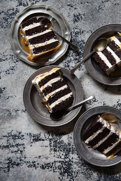 Classic Chocolate Layer Cake with a Caramel Drizzle @hersheycompany #bakehappychallenge #whyIbake #ad