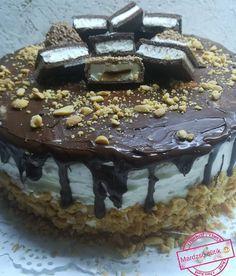 Kinder Maxi King torta, alig fogyott el, már készült is az újabb adag belőle! King Torta, Maxi King, Ale, Pudding, Sweets, Food, Caramel, Kids, Gummi Candy