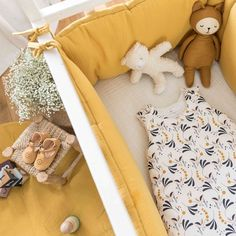Baby Bed Canopy, Baby Bedroom, Nursery Room, Nursery Ideas, Baby Deco, Bedding Inspiration, Yellow Nursery, Baby Couture, Cozy Room