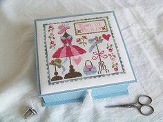 Small Cross Stitch, Cross Stitch Finishing, Cross Stitch Charts, Stitch Box, Sewing Cards, Thread Art, Love Sewing, Card Tags, Pin Cushions