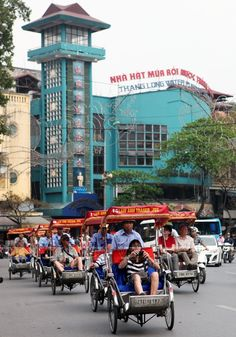Touring Hanoi by Cyclo | Vietnam Information - Discover the beauty of Vietnam through Culture, Cuisine, People and Travel