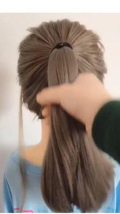 Hairdo For Long Hair, Bun Hairstyles For Long Hair, Hairstyles For A Party, Medium Hair Updo Easy, Buns For Short Hair, Hairstyles For Long Hair Wedding, Simple Hairstyles For Medium Hair, Party Hairstyle, Baby Girl Hairstyles