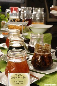 Five Boutique Hotel, Istanbul. Organic buffet breakfast, organic coffees, organic salads, organic snacks