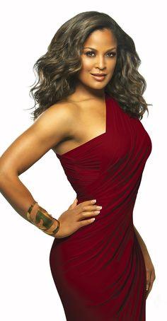 Black Woman!! Laila Ali....in Hillgrove colors