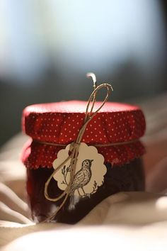 give homemade jams & jellies with a colorful topper |Pinned from PinTo for…