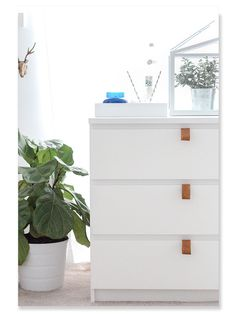 Home Interior Inspiration 6 Fun Ways to Upgrade Your IKEA Malm Dresser.Home Interior Inspiration 6 Fun Ways to Upgrade Your IKEA Malm Dresser Diy Leather Pulls, Tan Leather, Leather Handle, Diy Ikea Hacks, Ikea Malm Hacks, Ikea Dresser Hack, Dresser Pulls, Ikea Malm Nightstand, Dresser Drawers
