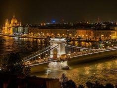 """Com base na experiência e na percepção de turistas do mundo todo, o Submarina Viagem selecionou as 15 cidades mais bonitas do mundo. A escolha também foi realizada com destaque para os locais mais famosos. Confira se alguma delas faz parte da lista de lugares que você deseja conhecer: Florença - Itália Florença é uma...<br /><a class=""""more-link"""" href=""""https://viagem.catracalivre.com.br/geral/como-ir-viagem/indicacao/conheca-as-15-cidades-mais-bonitas-do-mundo/"""">Continue lendo »</a>"""