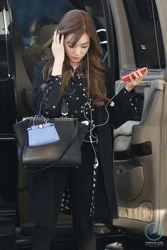Team ☆ εїз TaeTae εїз (150304 Tiffany @ Gimpo Airport。(via Complete...)