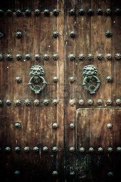 Close up de antiguas puertas de Cartagena de Indias Colombia  Foto de archivo