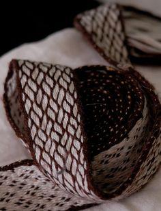 Pletenec tablet woven by veruce.deviantart.com on @deviantART  Birka style