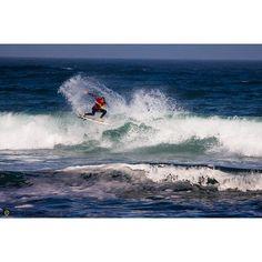 http://ift.tt/1RSGsrv ditching the fins@ripcurlsa @islandstylesurf #nahoon #southafrica #surf #tbt #throwbackthursday #jasondreyerphotography Photo  @jaydogdreyer