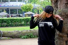 Rebel Sweater   Black (WANT)