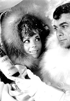Natalie Wood & Tony Curtis ~ The Great Race, 1965 Natalie Wood, The Great Race, Russian American, Splendour In The Grass, Tony Curtis, Actress Christina, Photo On Wood, Special People, Vintage Beauty