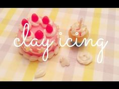 how to: three types of clay icing Fimo Clay, Polymer Clay Charms, Polymer Clay Jewelry, Miniature Tutorials, Clay Tutorials, Miniature Food, Miniature Dolls, Clay Miniatures, Dollhouse Miniatures