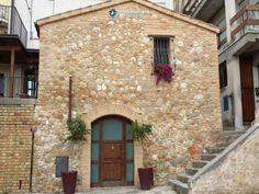 Restored stone house for sale in Bellante, Teramo, Abruzzo Full details: www.immobiliarecaserio.com #property #house #stone #Teramo #Abruzzo #Italy