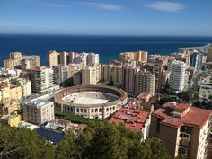 A large harbor city right on the Costa del Sol. Seattle Skyline, New York Skyline, Malaga Airport, Harbor City, Portugal, Shore Excursions, 6 Photos, Blog Voyage, Spain Travel