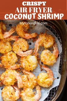 Air Fryer Coconut Shrimp with Dipping Sauce These Crispy Coconut Air Fried Shrimp are covered in a delicious crispy coconut breading. Pair them with your favorite thai chili sauce for the perfect flavor combination. Coconut Shrimp Recipes, Seafood Recipes, Cooking Recipes, Healthy Recipes, Cooking Tips, Healthy Coconut Shrimp, Fried Shrimp Recipes, Easy Recipes, Air Fryer Dinner Recipes
