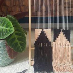 "205 Likes, 2 Comments - Jantine van Peski (@funemstudio) on Instagram: ""Color crush ✨ By @malanjwoven . . . . #happyweaving #tapestry #funemstudio #weavingloom #weaving…"""