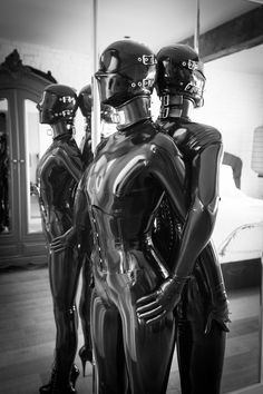 A photo album of Vespa & Nico, in black latex. Tagged with: bondage. Fetish Fashion, Latex Fashion, Posture Collar, Latex Hood, Latex Suit, Heavy Rubber, Two Girls, Catsuit, Sexy Outfits