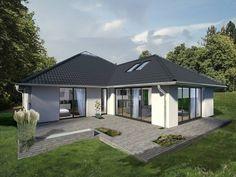 K-MÄLEON Hybridhaus // Winkelbungalow: Modern Häuser von K-MÄLEON Haus GmbH