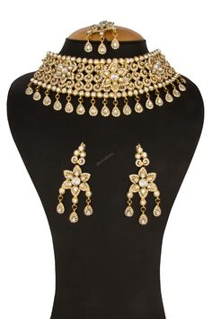 Trendy Golden Crystal Studded Necklace with Jhumka Sets Andaaz Fashion Malaysia presents Crystal Studded Necklace with Jhumka earrings and Tika. Indian Jewellery Online, Indian Wedding Jewelry, Bridal Jewelry Sets, Women Jewelry, Crystal Necklace, Necklace Set, Indian Necklace, Necklace Online, Crystals