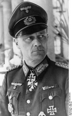 Eberhard Thunert (22 November 1899 – 4 May 1964) A highly decorated Generalleutnant in the Wehrmacht during World War II who commanded the 1. Panzer-Division. He was also a recipient of the Knight's...