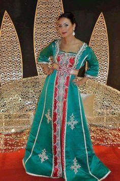 location de robes orientales sur Marseille - Caftan Takchita Kabyle - Reviews on Fashion to Figure