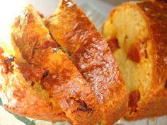 CAKE COMTE ET CHORIZO - les délices d'hélène Quiche Chorizo, Cas, Petit Cake, Zucchini Bread, Banana Bread, French Toast, Food And Drink, Cooking Recipes, Breakfast