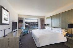 The Four Points by Sheraton Darling Harbour is a four-star hotel located at the Sydney Central Business District (CBD)